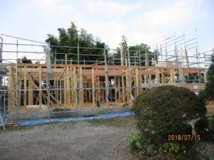 二世帯住宅を建てる過程「柱組み」2