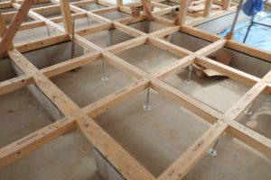 宇都宮市で平家を建てる過程「床暖熱」1
