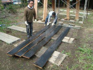 宇都宮市で平家を建てる過程「焼杉(外壁)製作」2